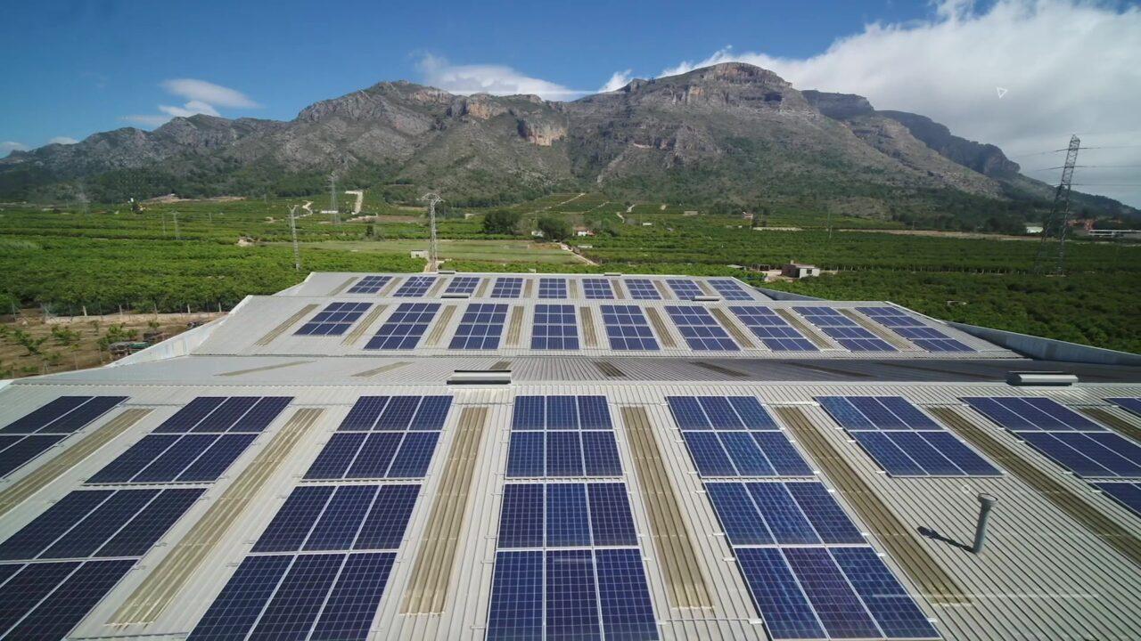 Placas solares en DON HIERRO